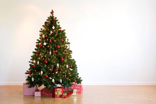 iStock_artificial-christmas-tree3
