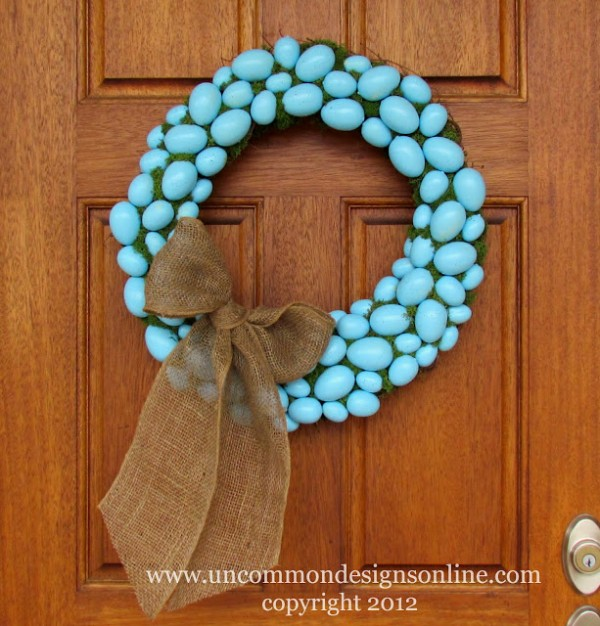 blue-easter-egg-wreath-a