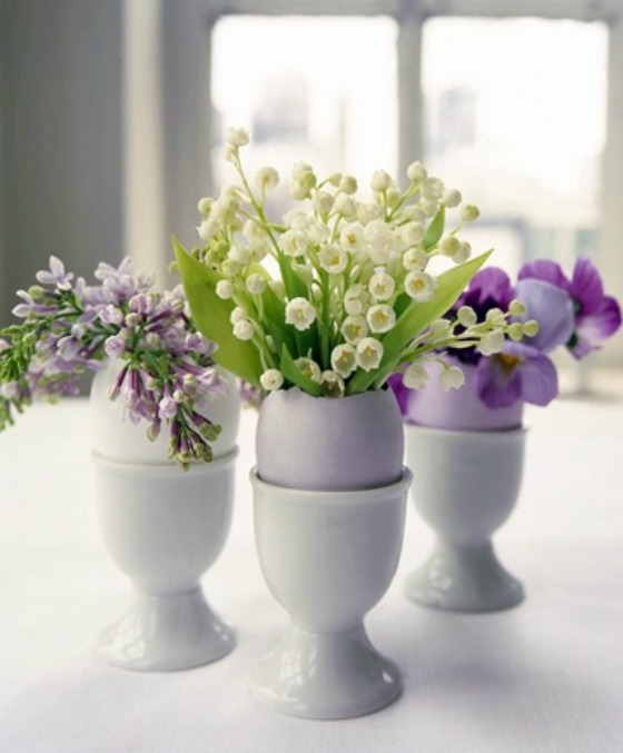 flowers-in-egg-cups