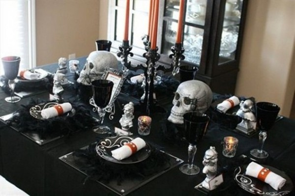 Halloween-table-decoration-1-634x422
