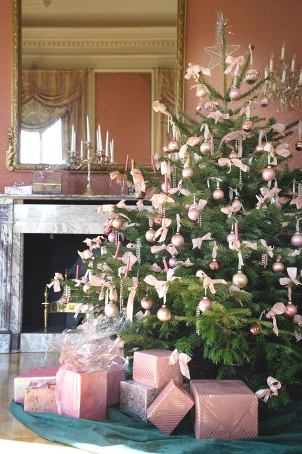 christmas-decor-in-pink-4