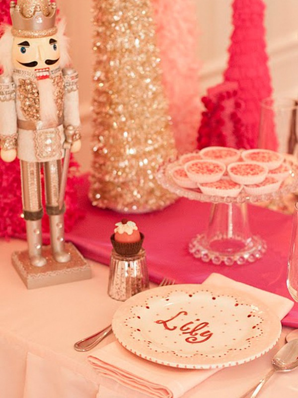 Original_Kate-Landers-Events-nutcracker-party-table-setting_s3x4_lg