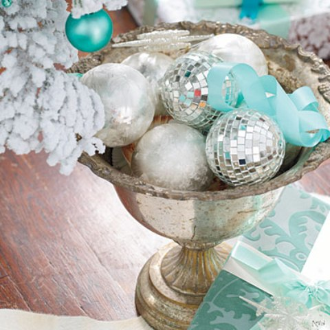 bowl-ornaments-l