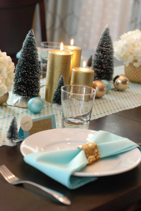 christmas-table_0014-e1331135673485-685x1024