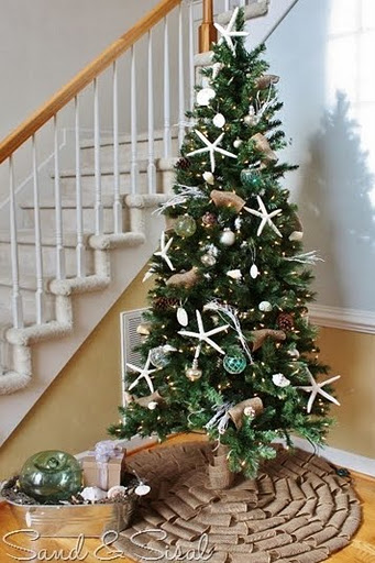 coastal-Christmas-tree