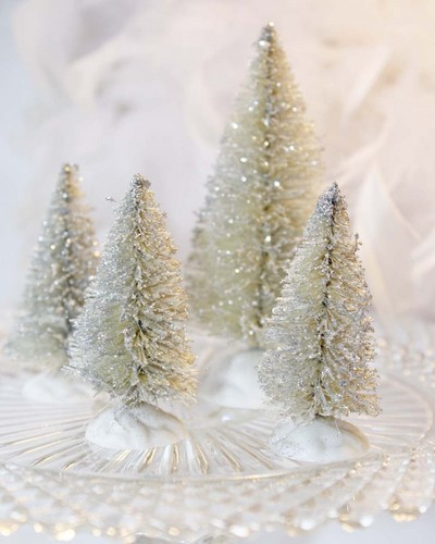 silver_bottle_brush_christmas_tree_set_of_4_bottlebrush_trees_6be8f4c7