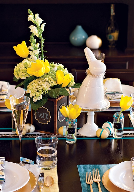 easter-brunch-table-ideas-and-free-easter-printables