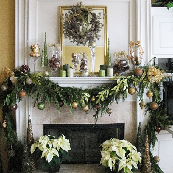 Christmas-Mantel-Fireplace-Decorating-Ideas-for-2012_10