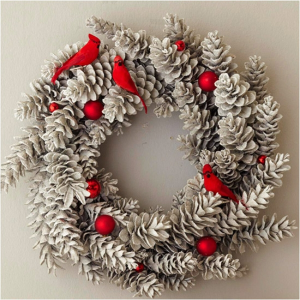 pinecones-and-birds-christmas-wreath