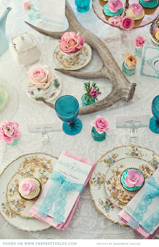 quirky-tea-party-wedding-decor-inspiration